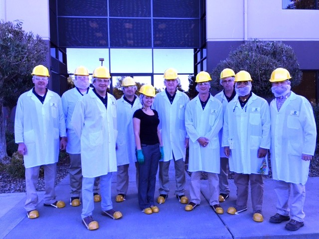 2014-16 Rice Leadership Class at a California factory tour wearing protective gear