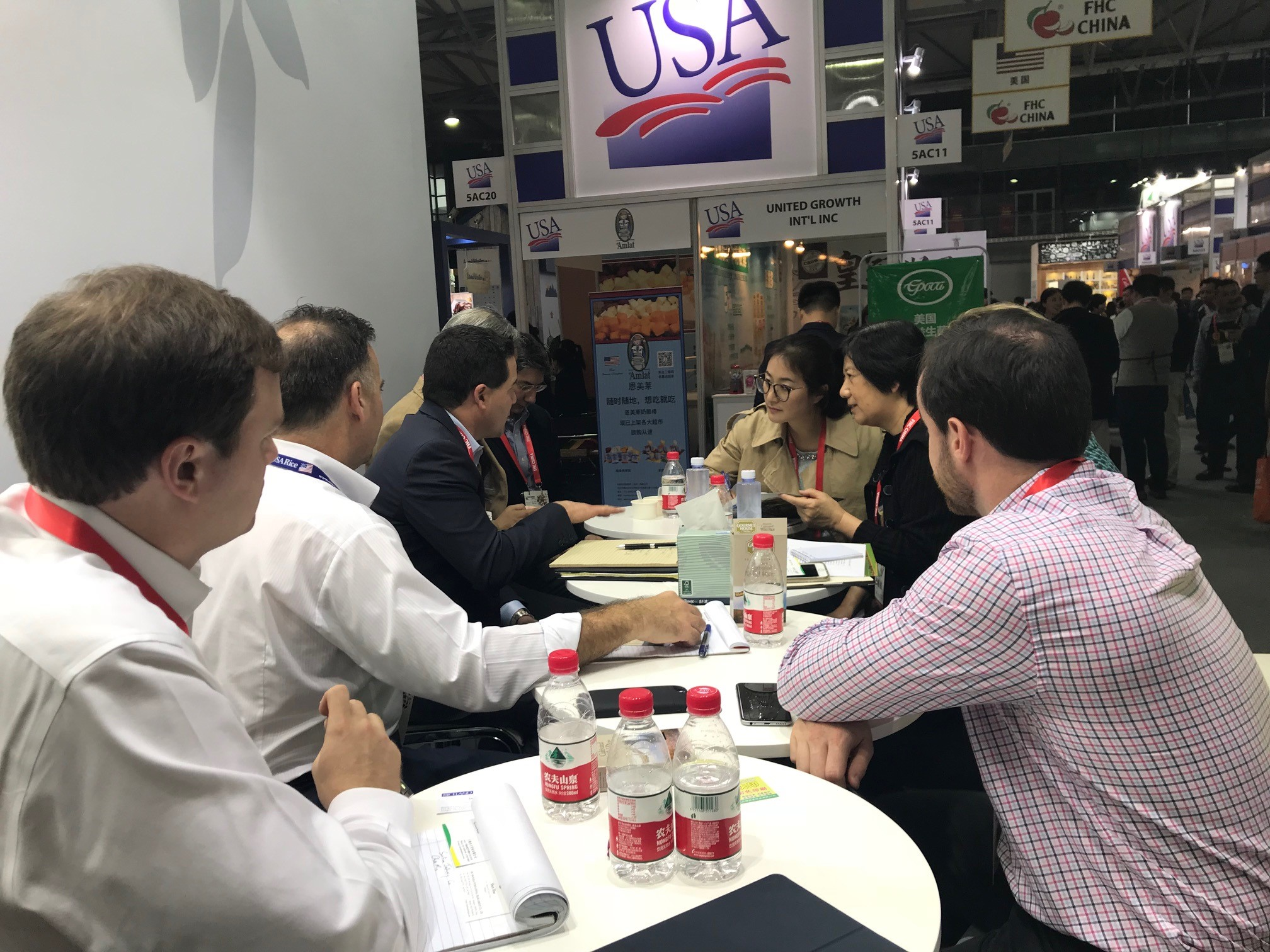 USA Rice members meeting with interested trade partners at FHC tradeshow in China