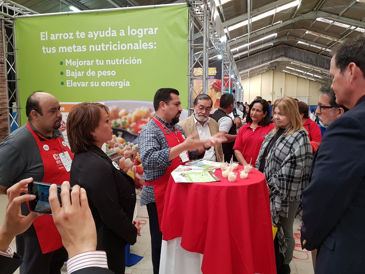 Chef Javier educates a crowd about U.S. rice at a USDA/FAS event, Sabor USA, in Guatemala