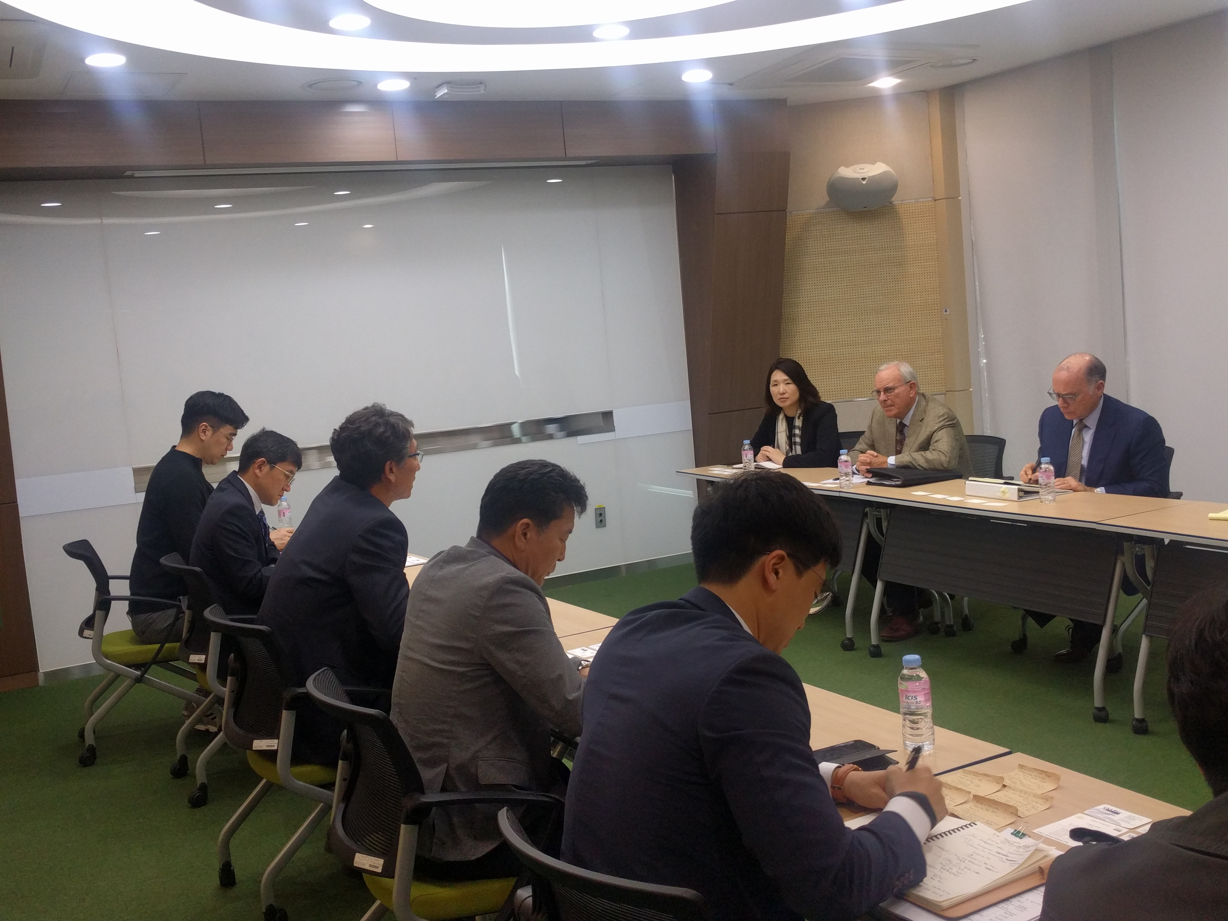 USA Rice meeting with Korean government officials.