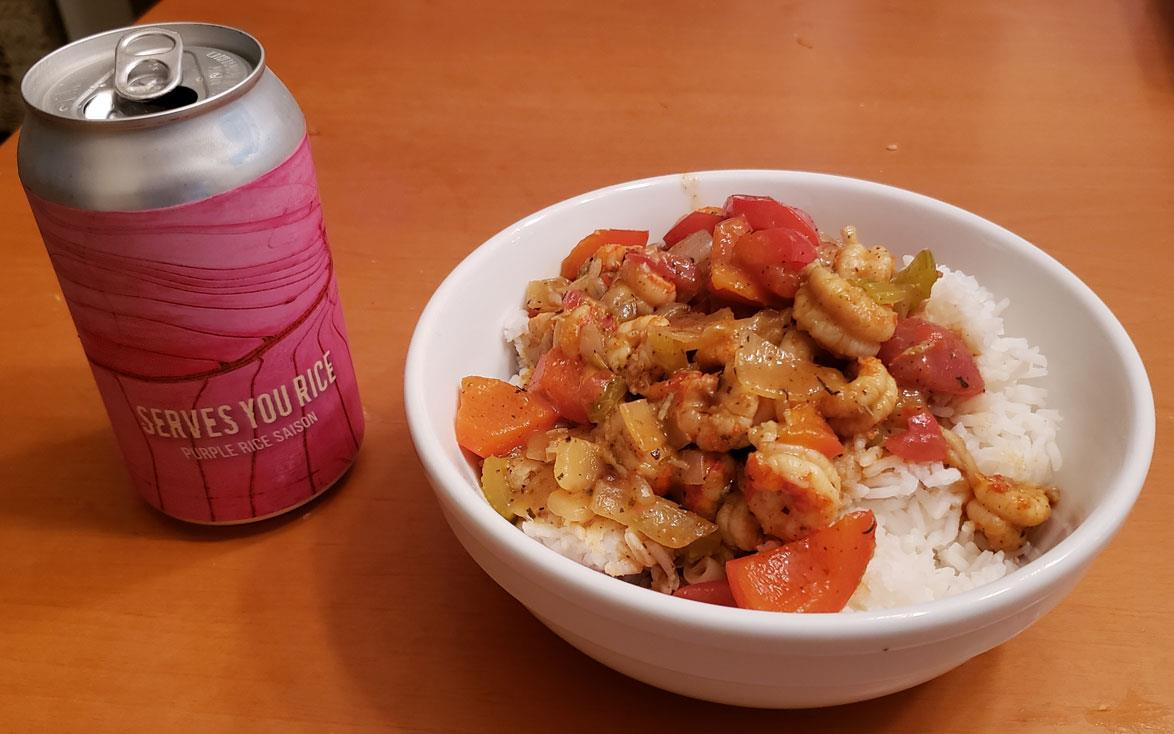 Crawfish-etouffee with white rice-&-rice-beer