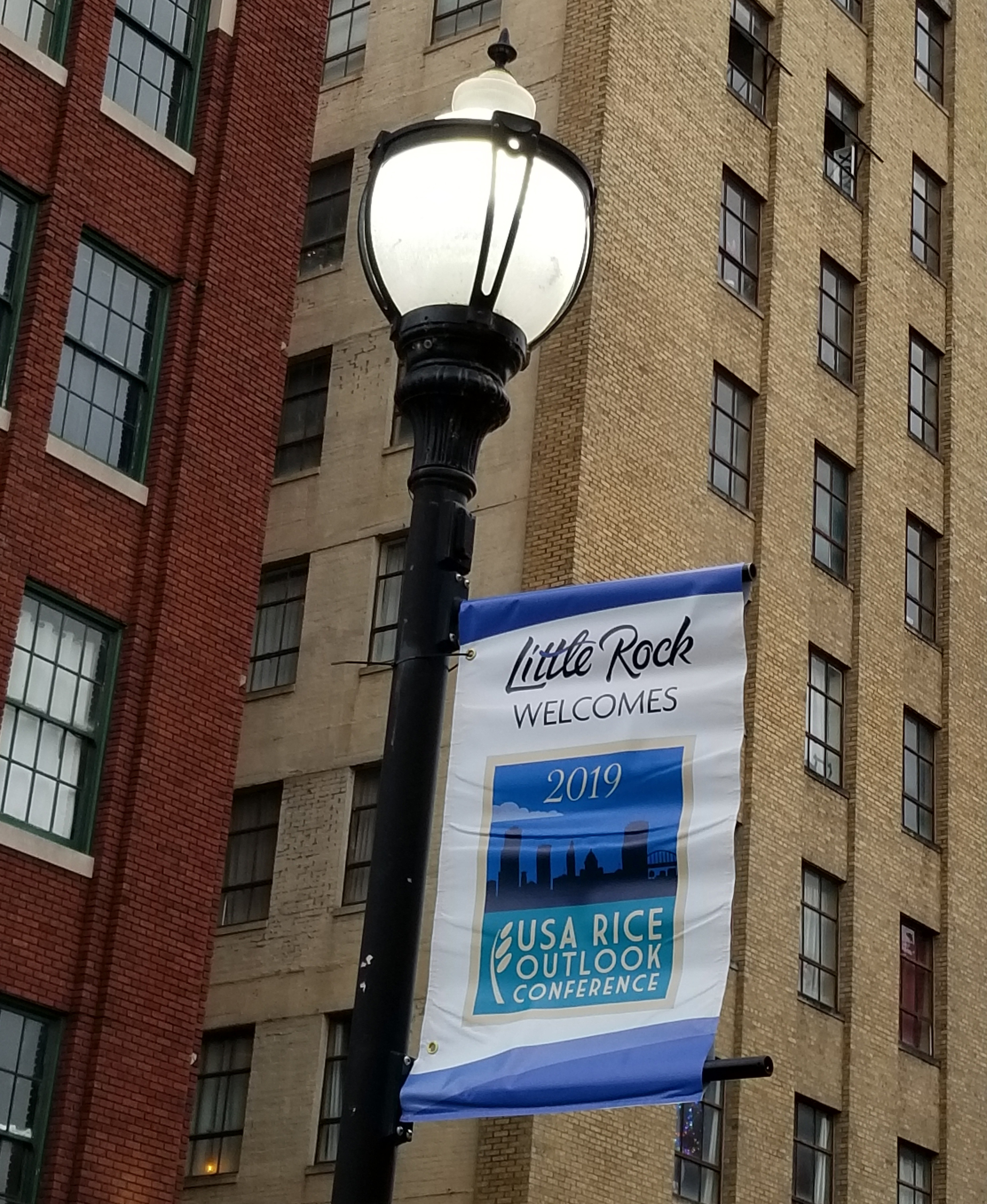 Little Rock Welcomes 2019 USA Rice Outlook Conference street sign
