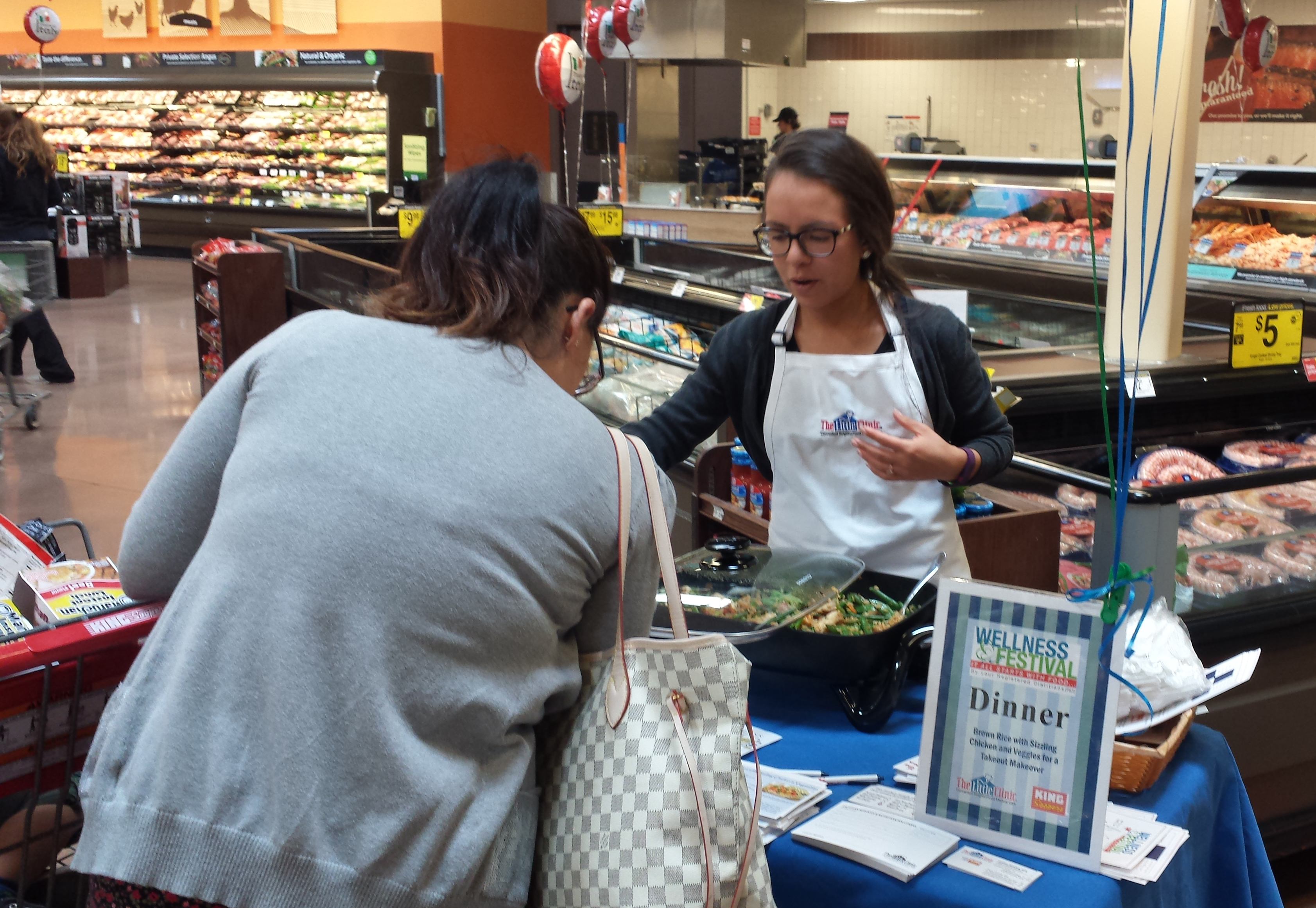 Valued-Dietitians-@-Kroger,-Wellness-Festival-Rice-Sampling